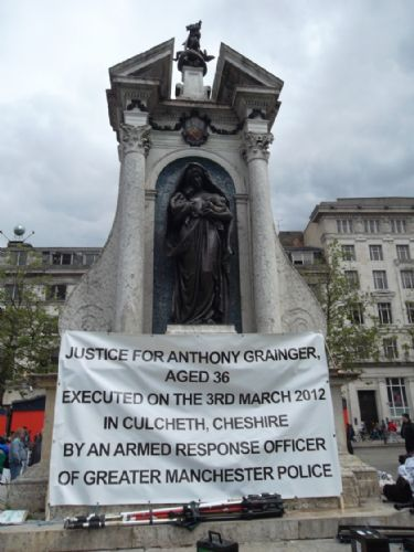 Click to view Anthony Grainger Fathers Day Protest June 2012