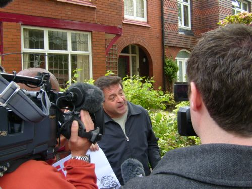 Click to view Mark Thomas Comes To Salford