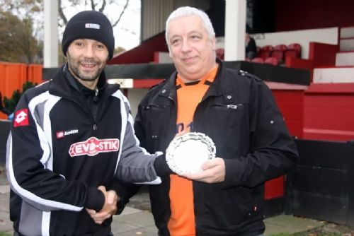Click to view Rhodri Giggs presents award to Richard Kedzior