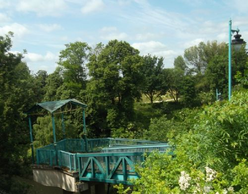 Click to view Salford Meadows Footbridges