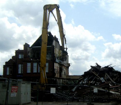 Click to view SEEDLEY PRIMARY SCHOOL BULLDOZED
