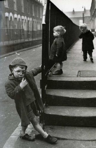 Click to view Shirley Baker Without Trace: Manchester and Salford in the 1960s