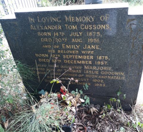 Click to view Alexander Cussons grave